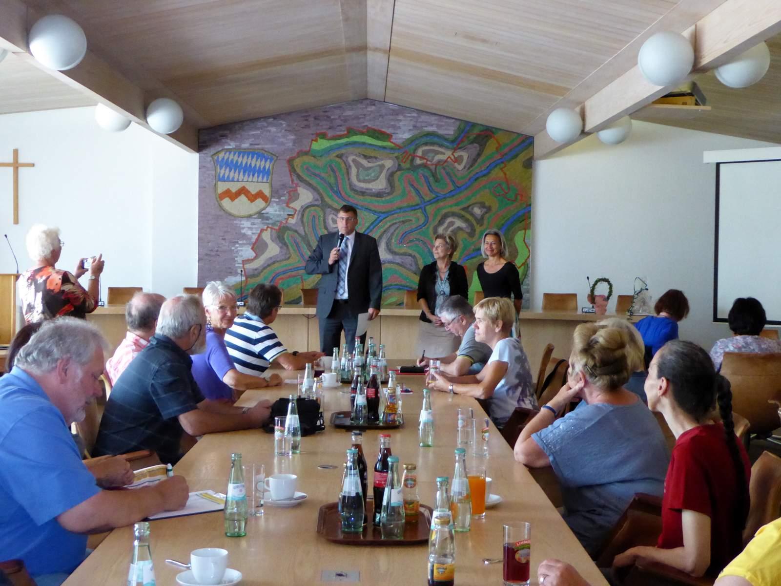 EFI-Dachau-Ausflug-Landrat